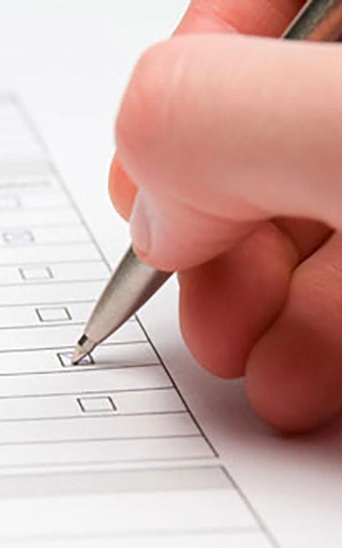 Concursos y Encuestas