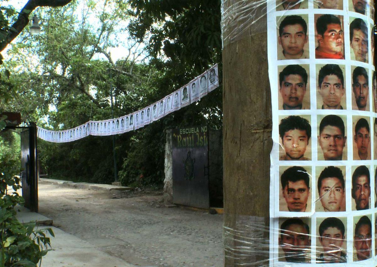 #AyotzinapaEnMí