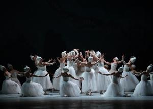Gala de inauguración. Homenaje del Ballet Nacional de Cuba a Alicia Alonso.