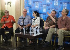 Conferencia con miembros de la Academia Cinematográfica de Hollywood.